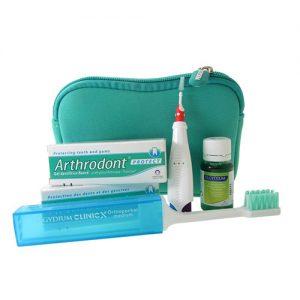 elgydium-kit-viagem-ortodontico