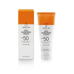 Protetor solar com SPF50 para peles secas