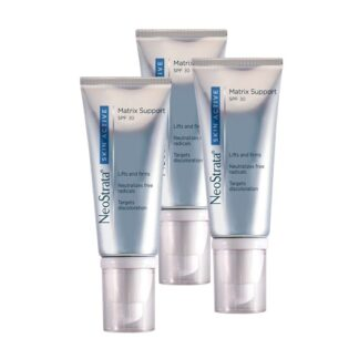 Neostrata Skin Active Matriz SPF30 50ml, creme concentrado reestruturante para o cuidado diário do fotoenvelhecimento de todos os tipos de pele. Formulado com ingredientes específicos para a remodelação do suporte cutâneo e redução das hiperpigmentações. Com SPF 30, para uma proteção solar efetiva.