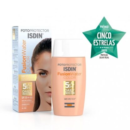 Isdin Fotoprotector Fusion Water Color SPF50 50ml, fotoprotetor facial de base aquosa com cor de uso diário. Fotoprotetor facial diário de fase aquosa, adaptado a todos os tipos de pele. Com cor.