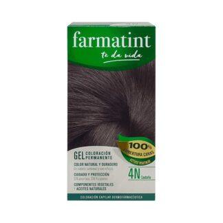 Farmatint Gel Color 4N Castanho 135ml, graça à sua suave composição, sem amoníaco e com ingredientes vegetais, é uma coloração permanente capaz de cobrir 100% dos cabelos brancos, respeitando a saúde do cabelo.
